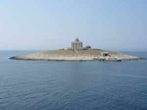 26727-sea-and-beach-island